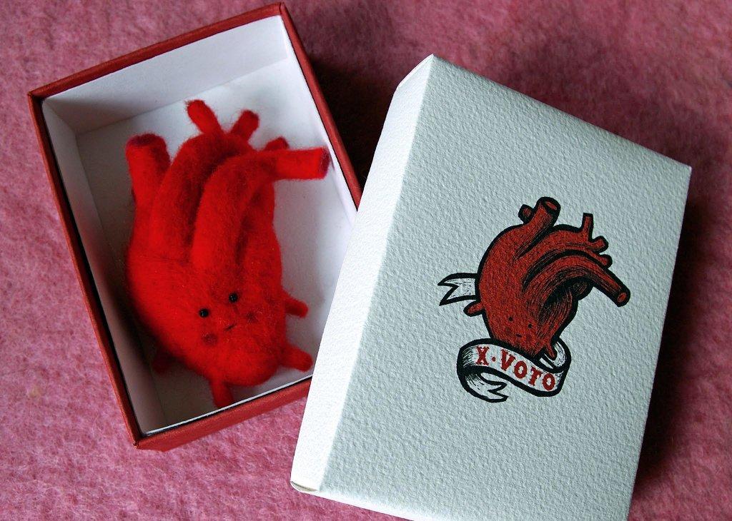 coeur dans sa boîte
